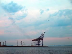 Первая очередь нового контейнерного терминала уже работает в тестовом режиме (ФОТО)