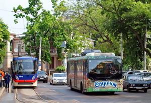 Цена билетов в одесских трамваях и троллейбусах пока остается прежней