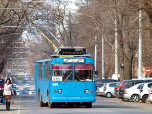 Электротранспорт по 1,50 выигрывает у маршруток по 5