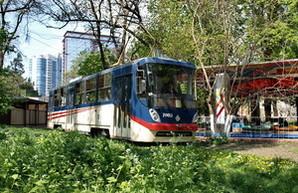 Запуск трамвая в Аркадию может быть отложен до начала июня