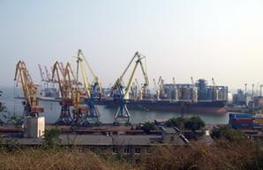 Одесские порты забрали почти три четверти всех зерновых грузов Украины