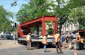 В центре Одессы ремонт трамвайных путей заблокировал оживленный перекресток (ФОТО)