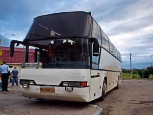 Топливо дешевеет, а стоимость проезда в автобусах Одесской области растет