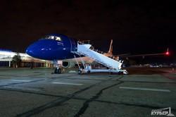 Первый рейс Air Moldova в Одессе встречали водной аркой