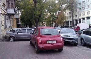 Одесских автохамов с 7 ноября ожидают эвакуаторы и штрафплощадки