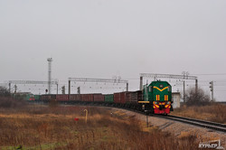 Пропускная способность железной дороги к порту Южный увеличена более чем вдвое (ФОТО)