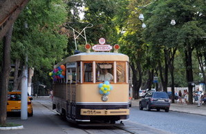 По Одессе будет ходить новогодний ретро-трамвай желаний
