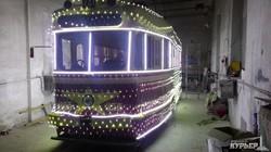 Одесским новогодним ретро-трамваем стал вагон 1952 года выпуска (ФОТО)