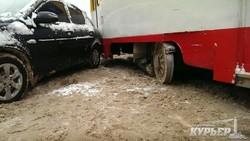 В Одессе сошел с рельс бывший рижский трамвай (ФОТО)