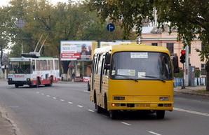 Одесская мэрия, несмотря на декларации о реформе транспорта, лоббирует маленькие маршрутки