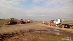 Как одесский губернатор на ремонт трассы в Рени посмотрел (ФОТО)
