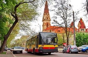Кто и почем хочет продать новые троллейбусы для Одессы (ФОТО)