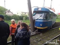 В Одессе снова сошел с путей трамвай (ФОТО)