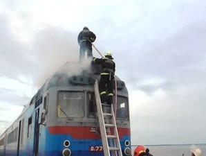 Сгорел еще один старый дизель-поезд Одесской железной дороги (ФОТО. ВИДЕО)
