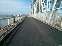 Одесская железная дорога ремонтирует стратегически важный мост через устье Днестровского лимана (ФОТО)
