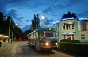 Городской транспорт Одессы 16 июля будет работать до поздней ночи