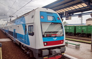 Балчун требует отремонтировать второй двухэтажный поезд Шкода