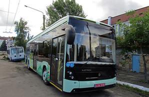 """Электробус от """"Электрона"""" официально числится автобусом (ФОТО)"""