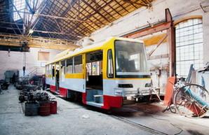 В Одессе к началу следующего года появятся низкопольные многосекционные трамваи (ФОТО)