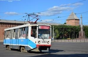 Москва закупит 300 низкопольных трамваев на миллиард долларов и раздает даром старые вагоны