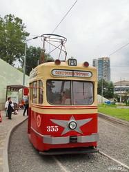 Сегодня в Одессе начал работать экскурсионный ретро-трамвай (ФОТО)