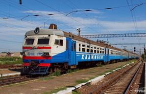 """Государство задолжало """"Укрзализныце"""" почти 200 миллионов за перевозку льготников"""