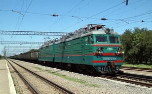 В Укрзализныце хотят запустить контейнерный поезд через Польшу