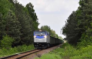 На Одесскую железную дорогу прибыл американский тепловоз для испытаний (ФОТО)