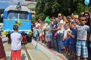 В Ужгороде запустили детскую железную дорогу (ФОТО)