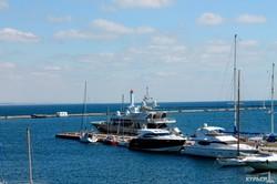 Яхта Lady K, на которой раньше плавал Березовский, снова вошла в одесский порт (ФОТО)