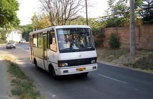 """Одесский автобус №191 пойдет под путепроводом """"Поездной"""""""
