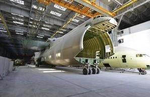 """Украинский концерн """"Антонов"""" опровергает продажу прав на самый большой в мире самолет Китаю"""