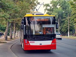 """За право продать новые троллейбусы в Одессу соревнуются """"Богдан"""", """"ЛАЗ"""" и белорусский дилер"""
