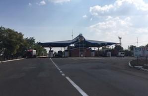 """У КПП """"Староказачье"""" отремонтировали дорогу (ФОТО)"""