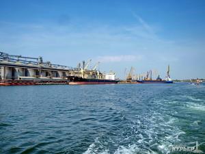 В порту под Одессой приняли первый танкер со сжиженным газом