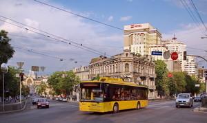 """Троллейбусный тендер в Полтаве выиграл """"Богдан"""""""
