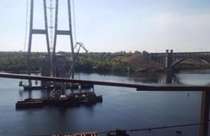 Омелян приглашает японские компании принять участие в восстановлении мостов