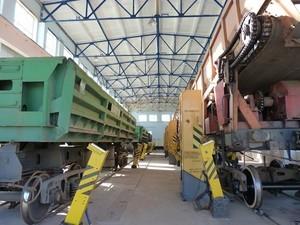 """К концу года """"Укрзализныця"""" запланировала отремонтировать 100 вагонов"""
