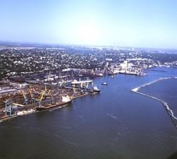 В Мариупольском порту испытали ледокол