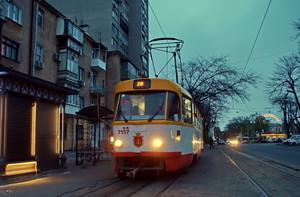 Ради футбольных болельщиков одесский городской транспорт будет ходить до часу ночи