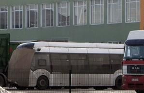 В Ровно привезли футуристичный троллейбус с дизель-генератором (ФОТО)