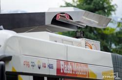 Швейцария испытывает технологию троллейбусов без контактной сети (ФОТО)