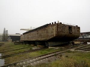 Килийский судостроительно-судоремонтный завод будет строить одно новое судно из трех старых