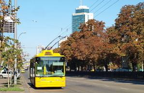 Под конец года в Мариуполе нашли деньги на один новый троллейбус