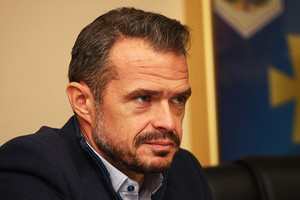 Глава Укравтодора считает, что бетонные дороги надо строить исключительно в южных областях Украины