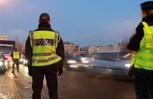В Париже на сутки запретили ездить на машинах и сделали бесплатным общественный транспорт