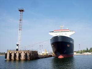 Морской порт в Черноморске за 11 месяцев слегка сократил грузооборот