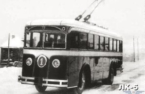 В Киеве отметили 91-летие автобусного движения (ФОТО)