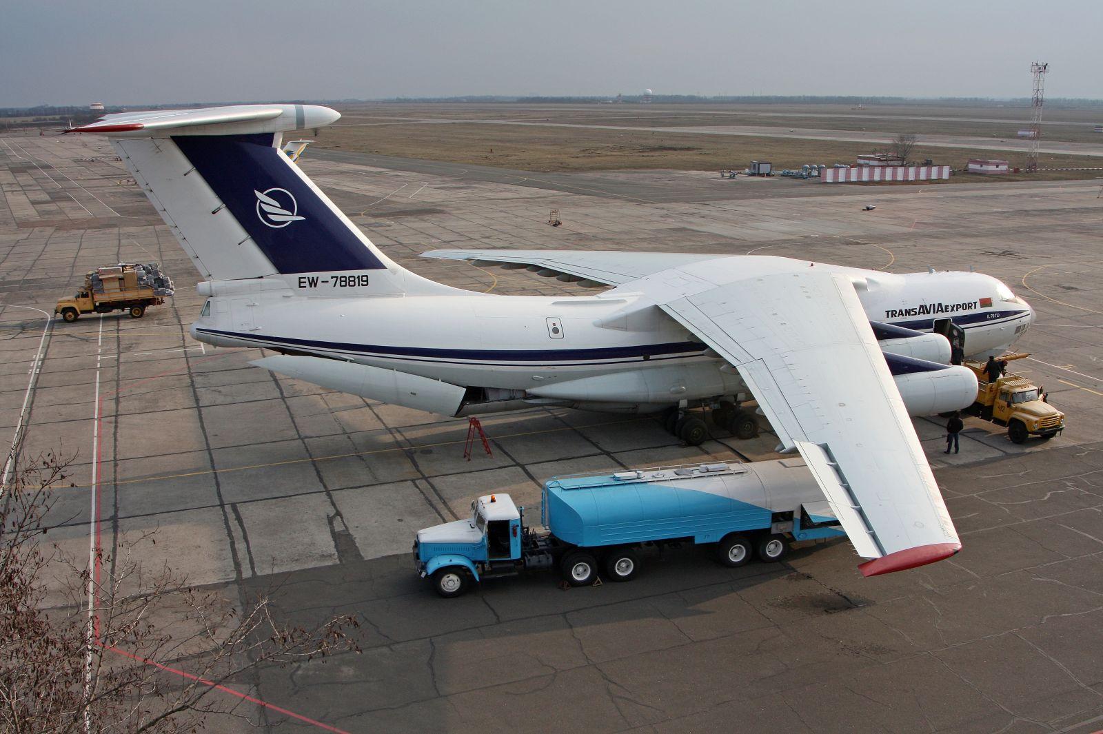 Тяжелые самолеты в одесском аэропорту