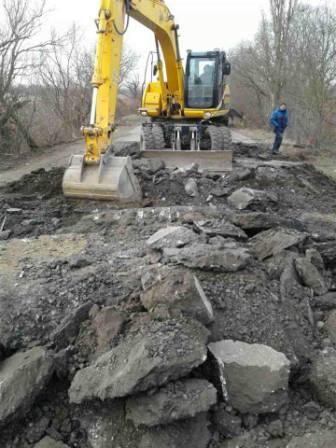 """Ремонтные работы аварийного моста через реку возле с. Паланка на трассе """"Одесса-Рени"""" уже началис"""